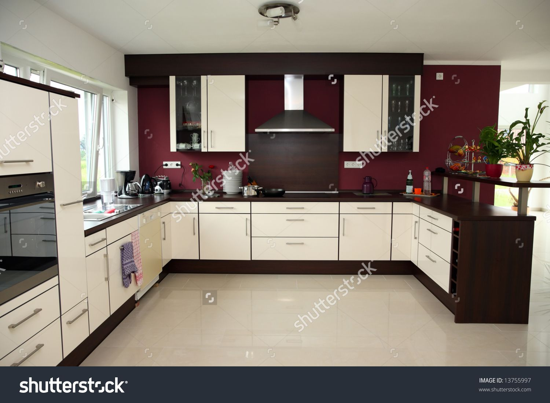 While kitchen with purple wall | Purple kitchen | Pinterest ...