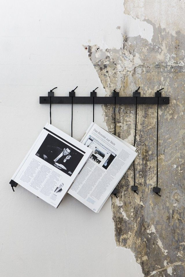 DIY able magazine rack in black perfect weekend project