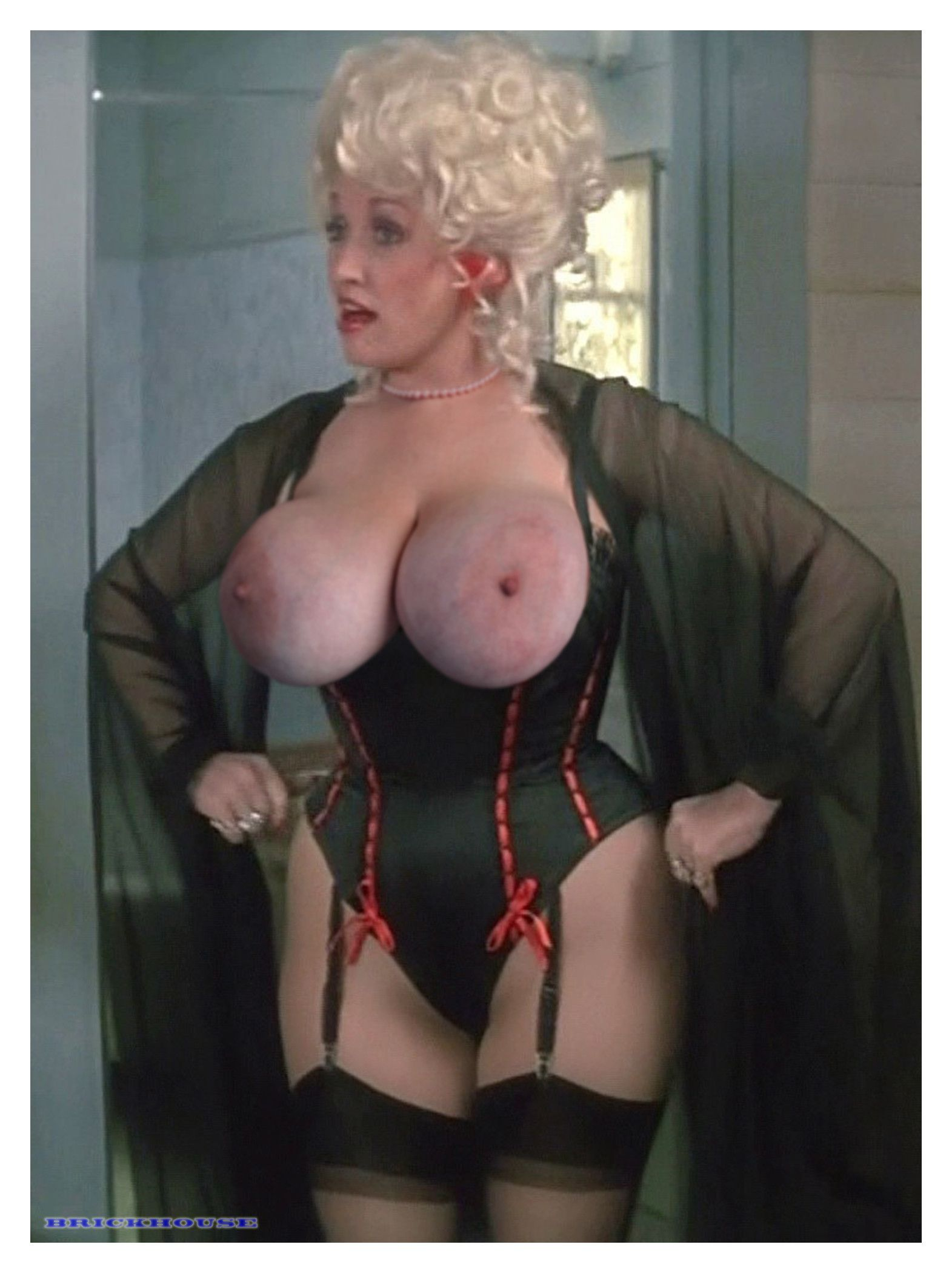 Nude pictures of dolly parton