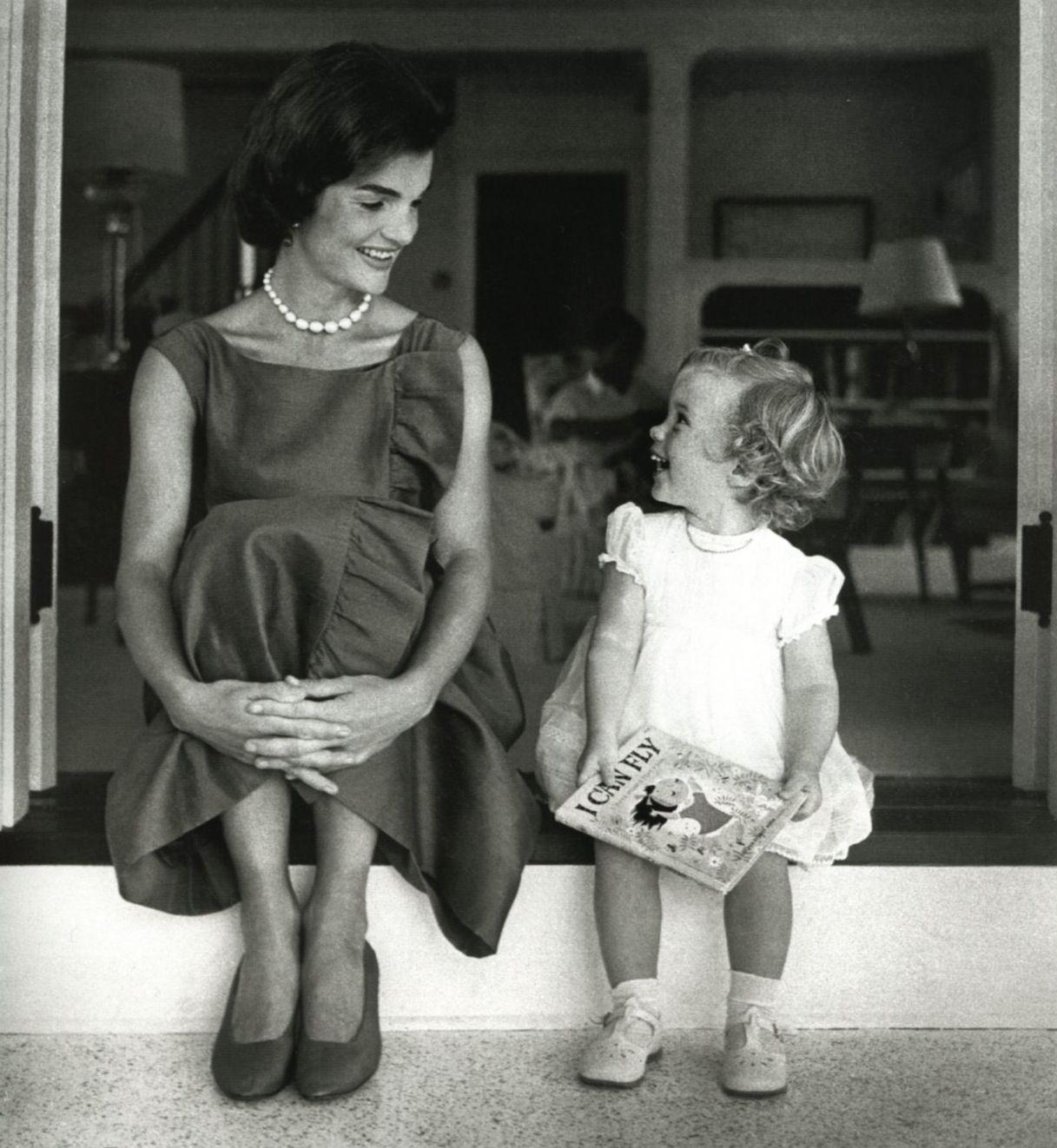Jackie Kennedy Quotes: Jackie-Onassis4.jpg 1,217×1,322 Pixels