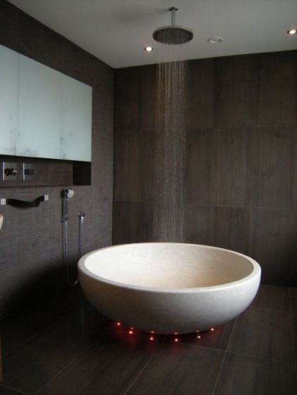 Freestanding Tub With Rain Shower Head Wow Modern Bathroom Design Relaxing Bathroom Modern Bathroom