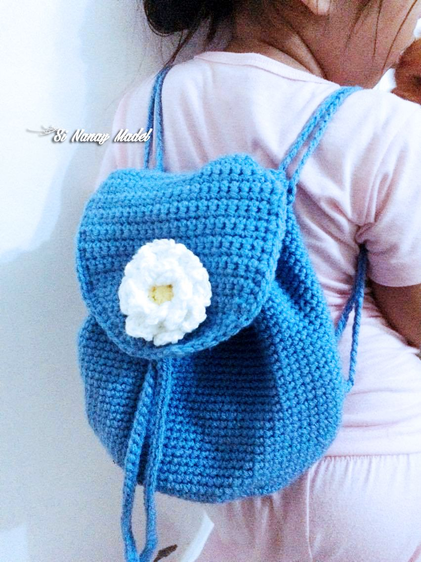 I made this bag for my niece. She is mostly the model of my creation and