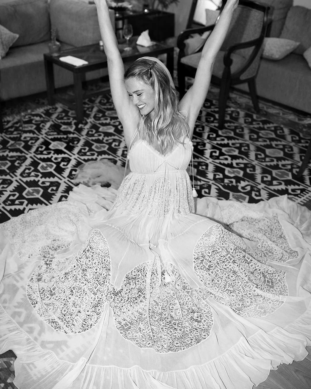 Bar refaeli marries in chlo chlo pinterest bar refaeli bar refaeli marries in chlo celebrity wedding dressescelebrity ombrellifo Image collections