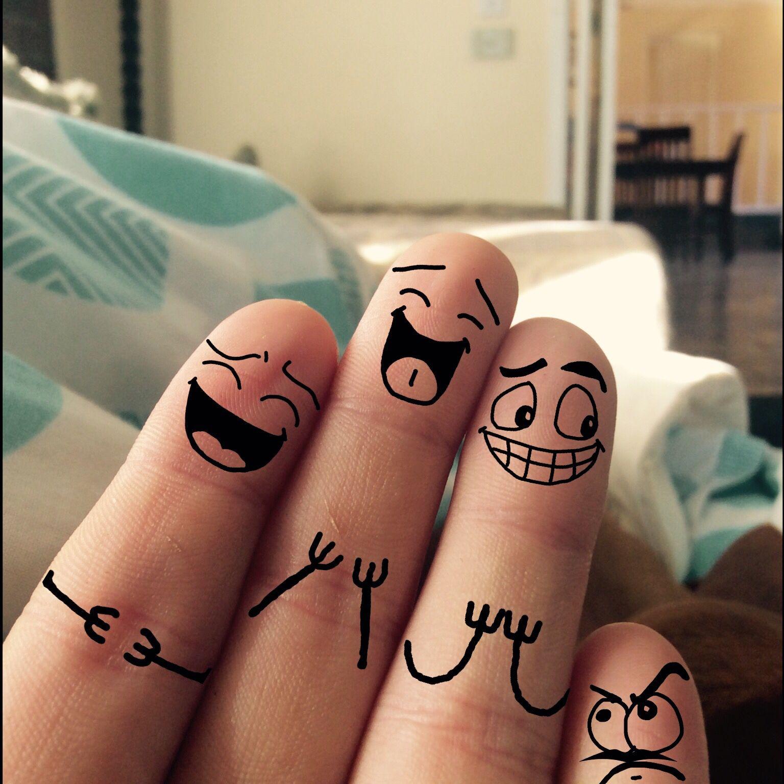 рисунки на пальцах ручкой видно, некоторые