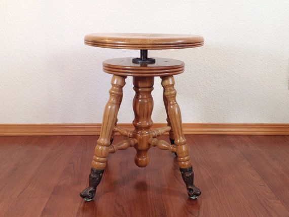 Vintage Clawfoot Piano Stool With Adjustable Height Seat