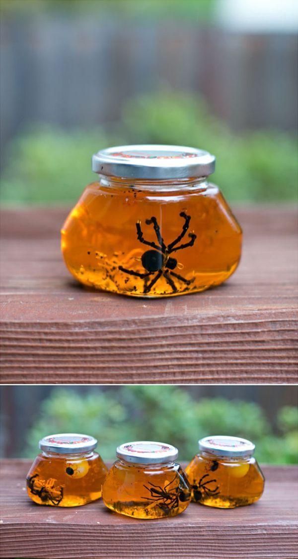 Mini Halloween Sensory Jars Fun sensory Halloween activity for kids - halloween activities ideas
