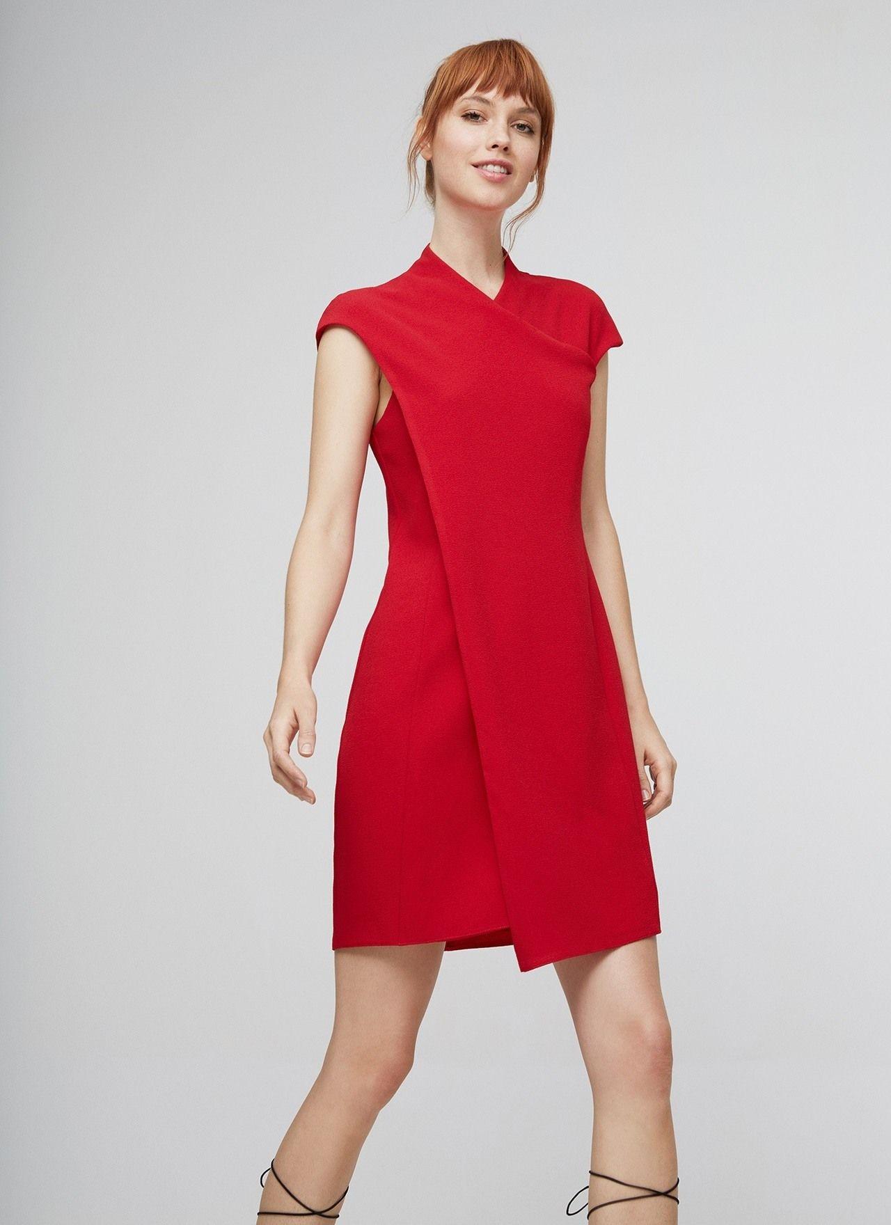 Vestido de inspiraci n china con escote de pico en el for Adolfo dominguez costura