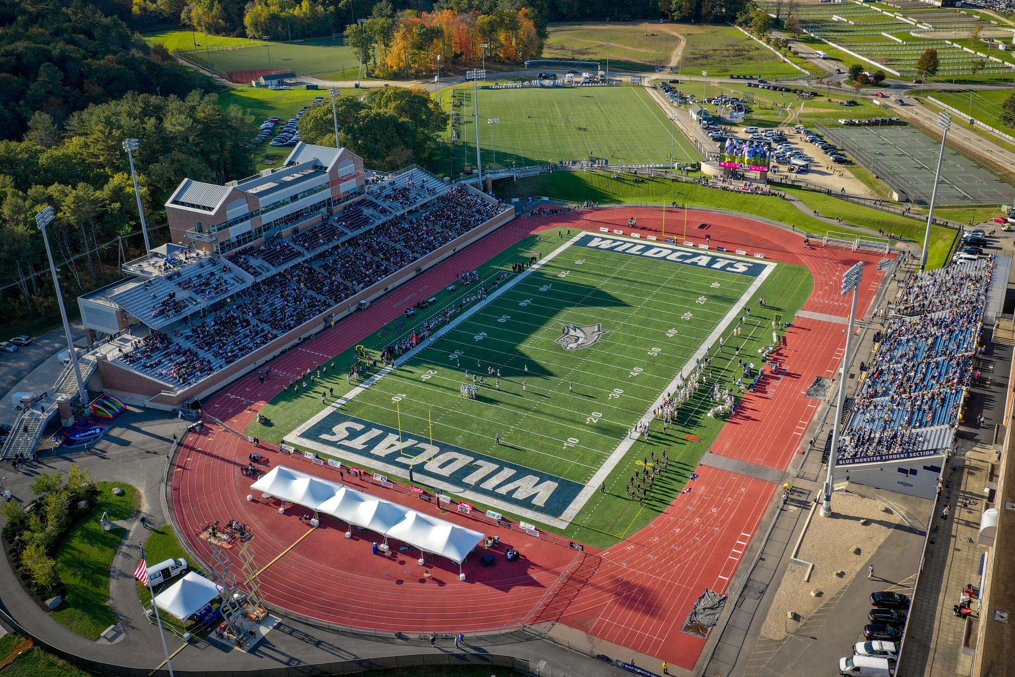 Wildcat Stadium University Of New Hampshire Football Field New Hampshire