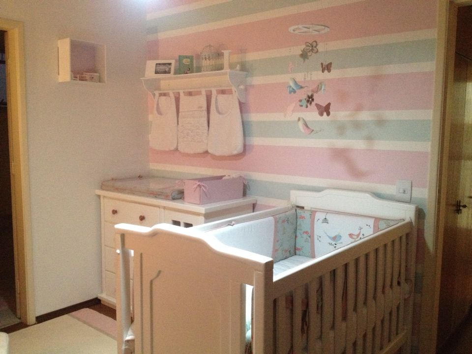 Baby girl nursery decor