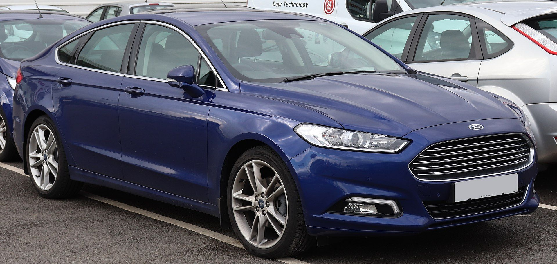 2018 Ford Mondeo Titanium Tdci Automatic 2 0 Ford Mondeo Wikipedia Ford Mondeo Ford Car
