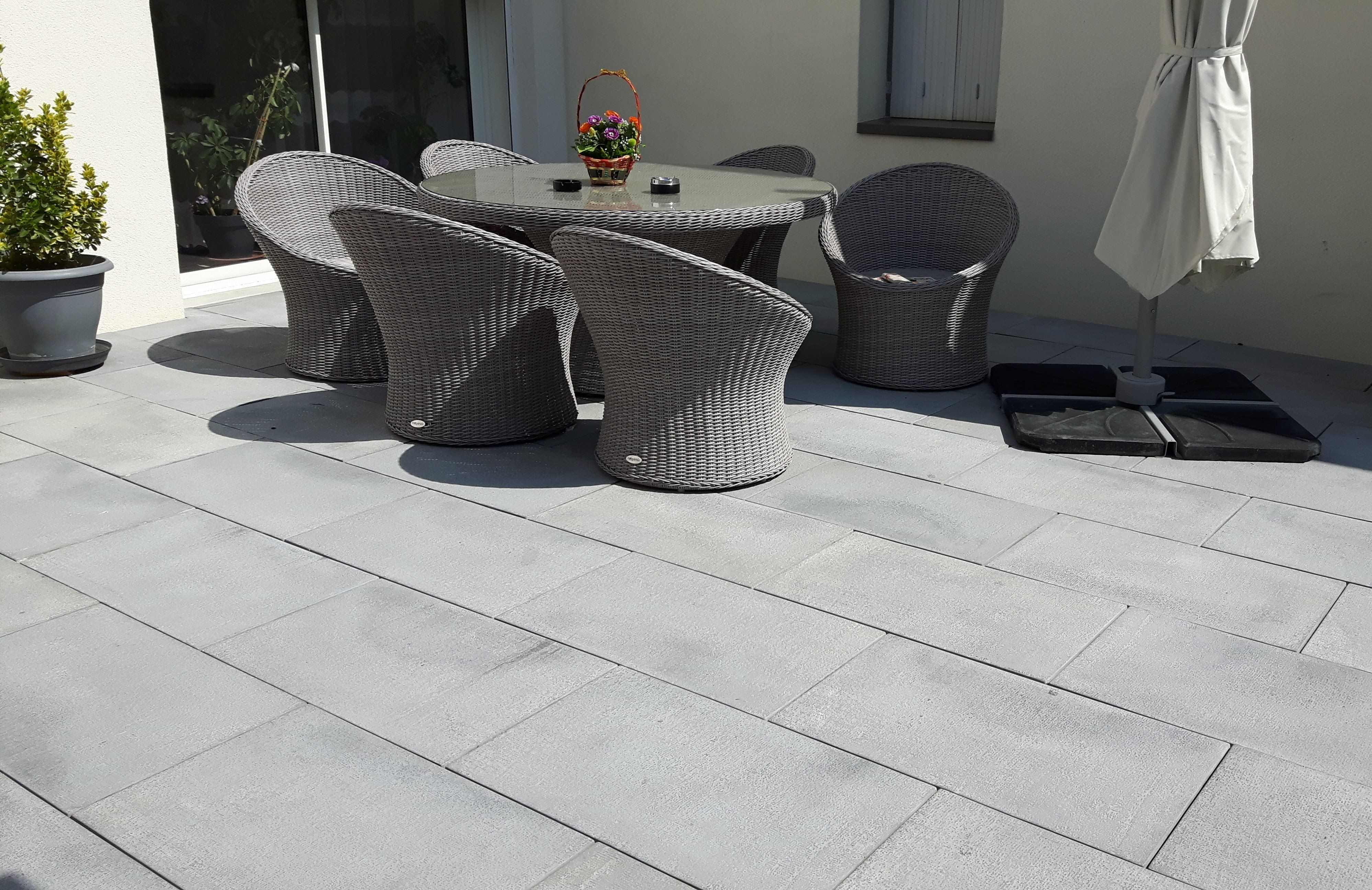 Dalle Terrasse Extérieure En Béton Gris Style Moderne