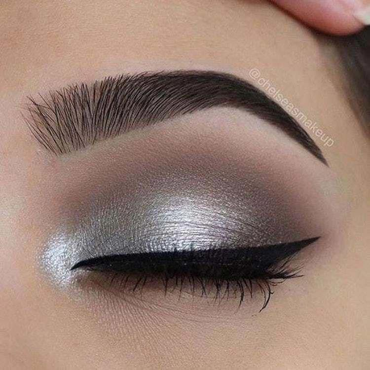 Want to know more about makeup and nails in 2020 | Silver ...