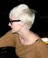platinum blonde Ashlee SImpson