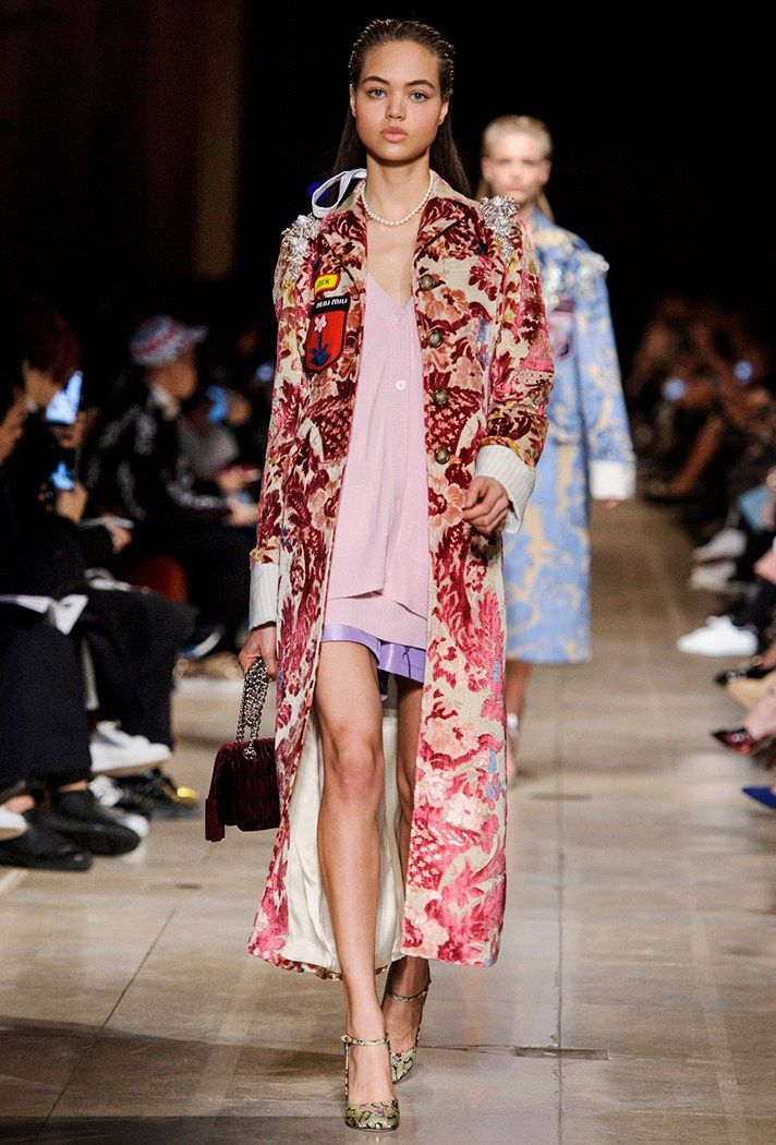 Fall 2016 Styling Tricks to Steal From The Runway | Miu Miu Fall/Winter 2016