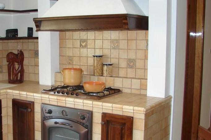 Cucine con forno in muratura cerca con google cucine pinterest searching - Cassetti per cucine in muratura ...