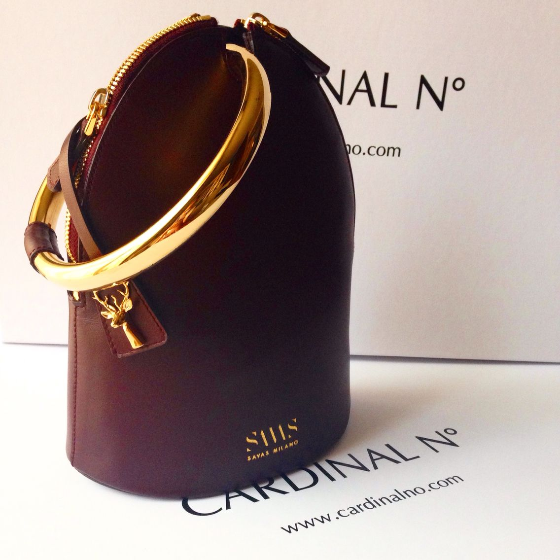 219b9a4fd21 The New queen of bags - Ring bag by Savas Milano #burgundy #fashion #bag
