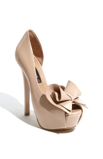 Steven by Steve Madden 'Rosale' Pump. Have these in red....AMAZING!