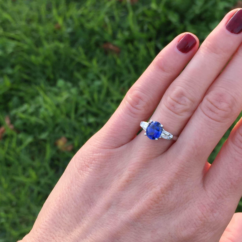 CW- Bespoke Ceylonese Unheated Sapphire with Bullet cut diamonds ...