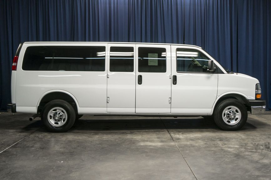 Joydrive 2016 Chevrolet Express 3500 Passenger Lt Extended Van 3d Buy This 100 Online Joydrive Com Chevrolet Van Cars For Sale Van