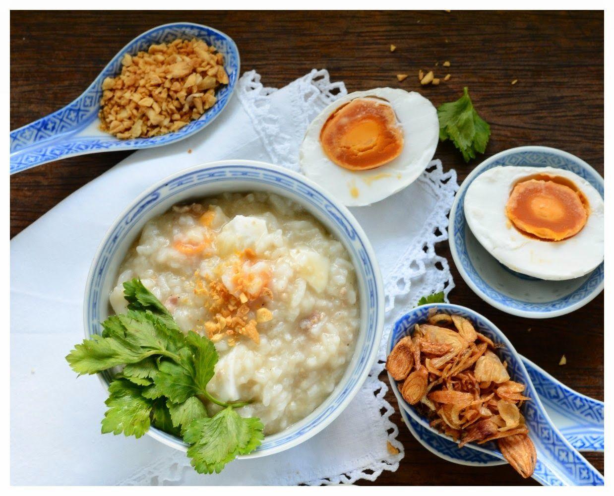 Indonesian Medan Food Bubur Ayam Telur Asin Rice Porridge With Salted Eggs Resep Masakan Resep Makanan Memasak