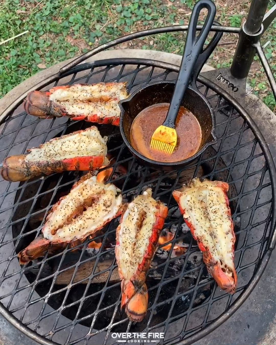 Grilled Lobster Tails w/Honey Cajun Butter Sauce � �