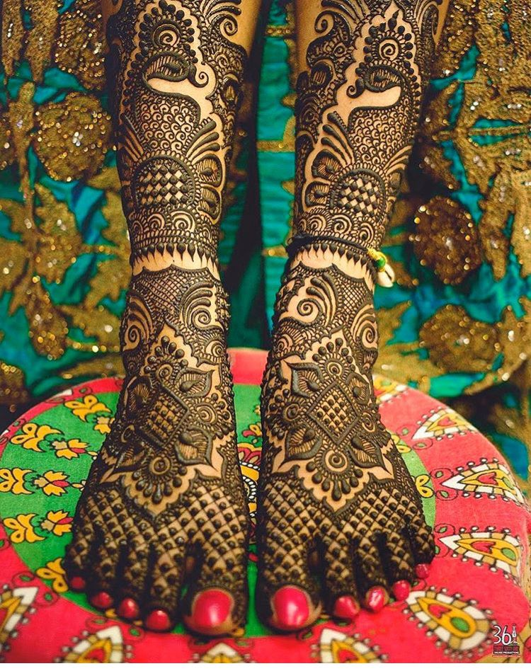 wedding dulhan mehndi designs for hands and legs