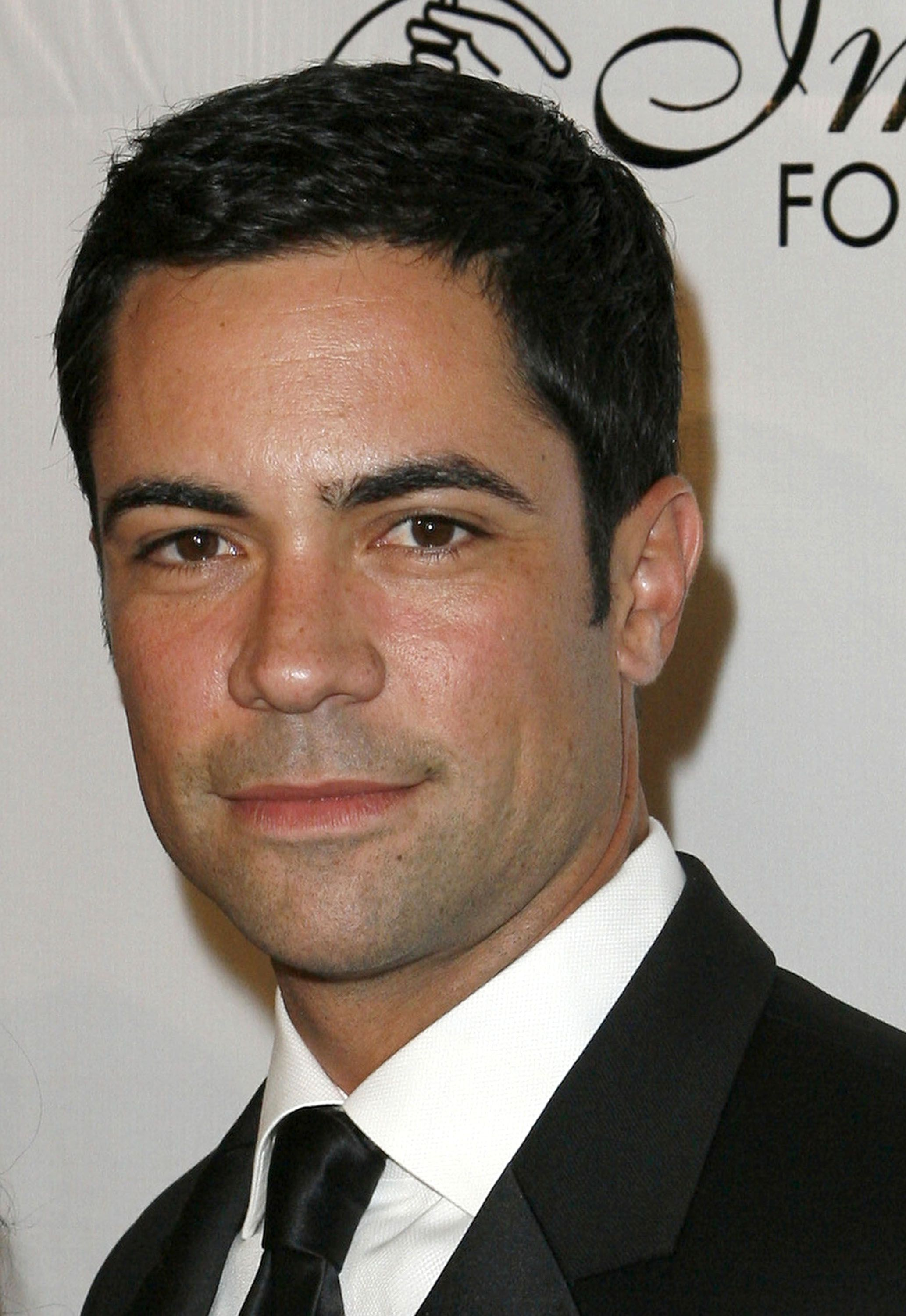 danny pino net worthdanny pino wife, danny pino burn notice, danny pino instagram, danny pino imdb, danny pino twitter, danny pino leaving law and order, danny pino wikipedia, danny pino left svu, danny pino svu, danny pino net worth, danny pino shirtless, danny pino law and order, danny pino scandal, danny pino family, danny pino 2015, danny pino y su esposa, danny pino ethnicity, danny pino facebook, danny pino married, danny pino siblings