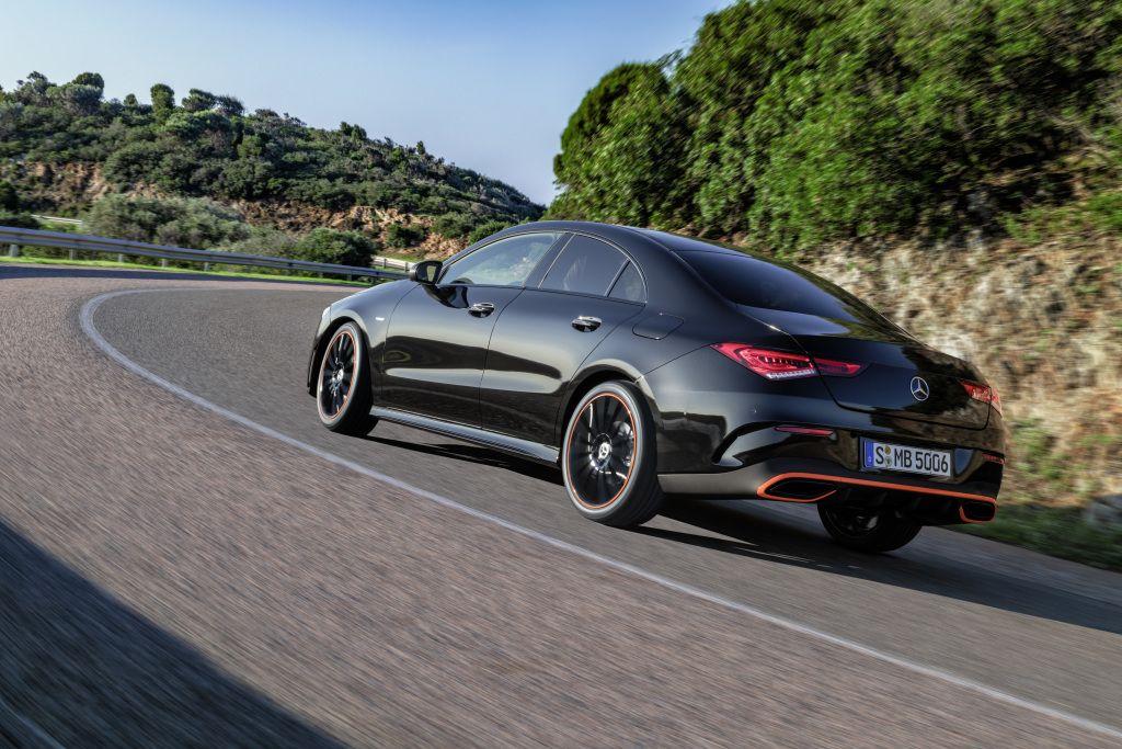 Pin Von Mercedes Benz Ire Auf New Cla 2019 Benz Amg
