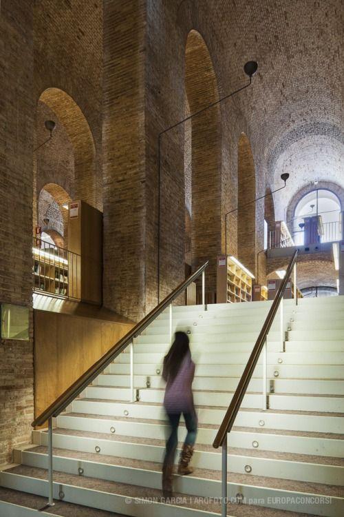 Biblioteca 'Dipòsit de les Aigües'Lluís Clotet & Ignacio Paricio[via]