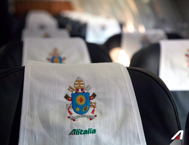 I dettagli contano!  Details matter! © Foto di Andrea Alari e Claudio Giannobile #Alitalia #Fiumicino #Roma #Rome #Pope #PopeFrancis #Apostolic Journey #PapaFrancesco #Georgia #Azerbaijan