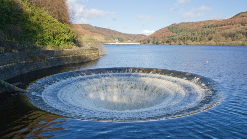 Agency warns of water deficits for England Water
