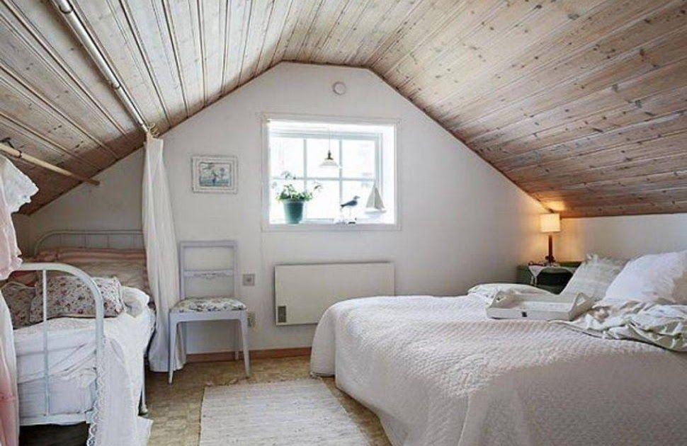 Cozy Cute Attic Bedrooms In 2020 Small Loft Bedroom Attic