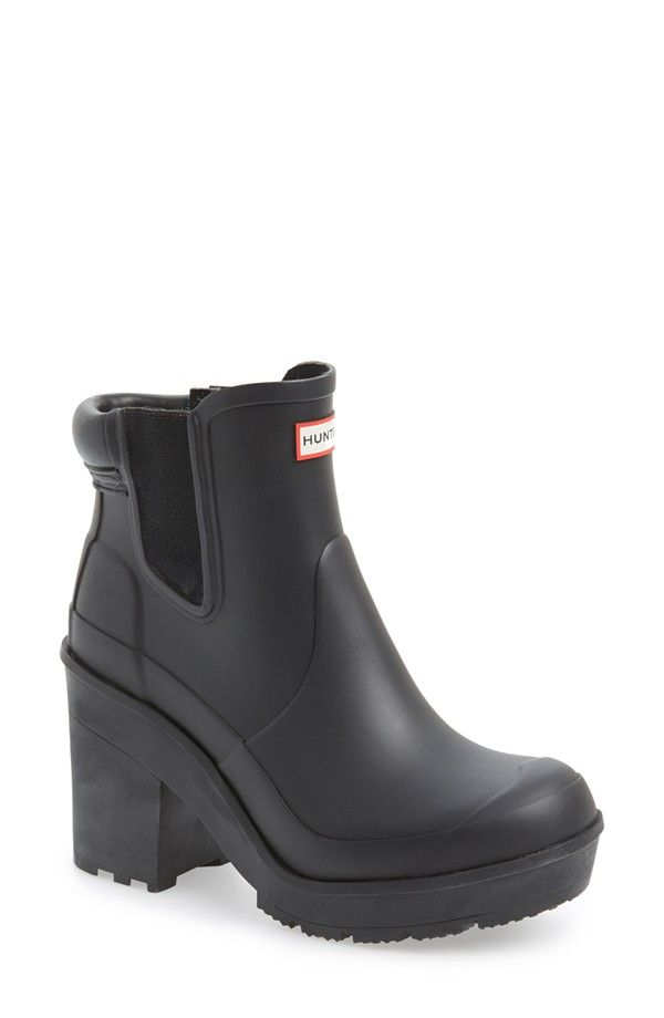 327494ed5c56 HUNTER platform rain boots | executive goth. in 2019 | Chelsea rain ...