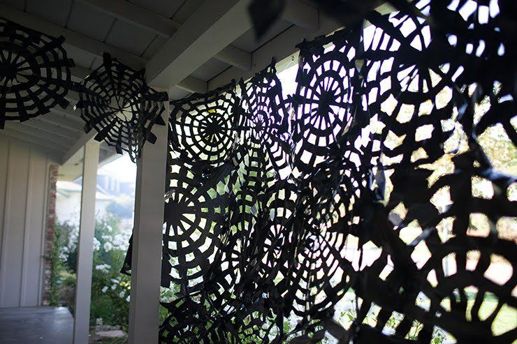 Trash Bag Spider Webs With Images Easy Halloween Decorations