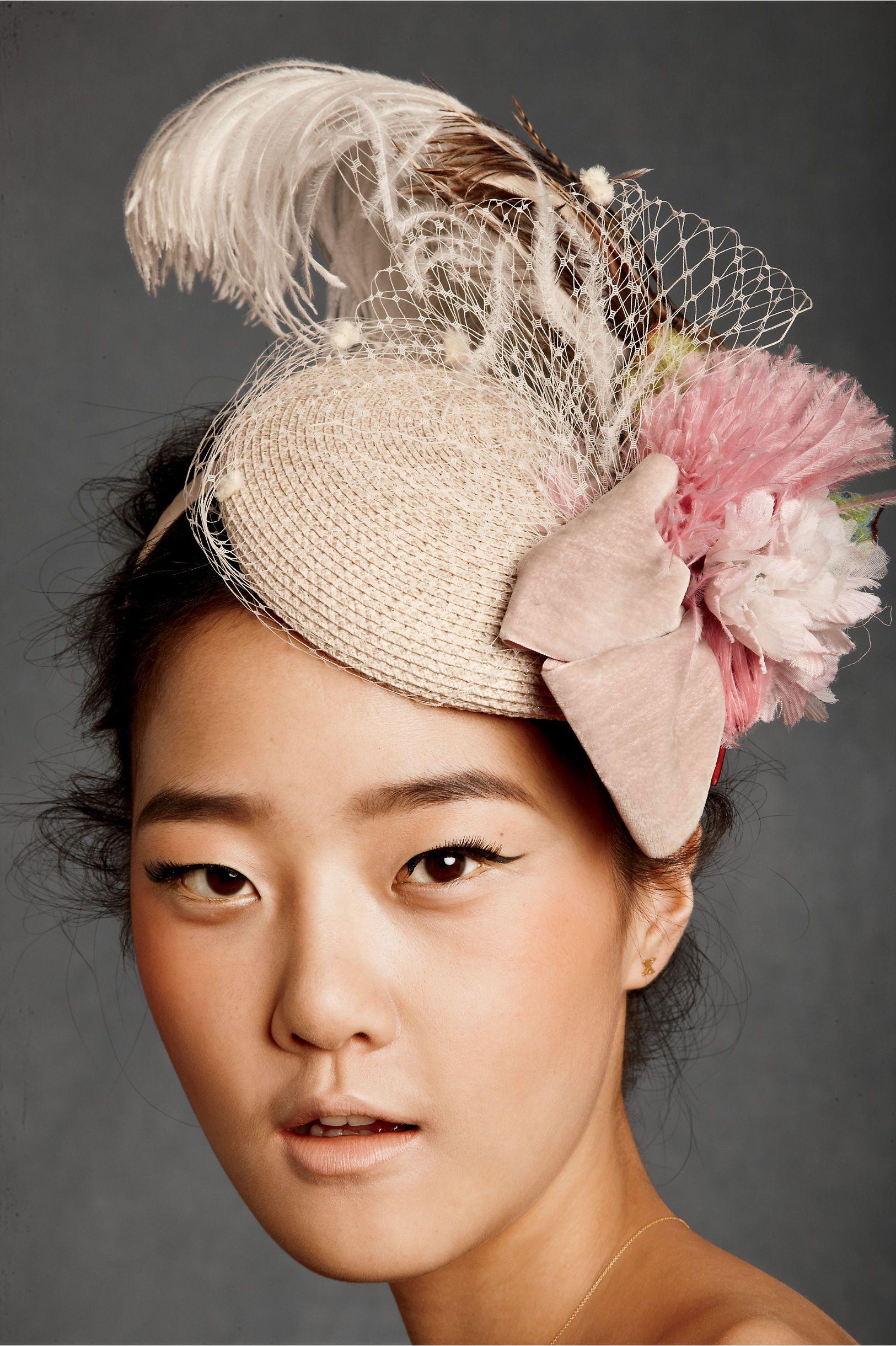 cd031308 Pin de Caro Orenday en Royal hats | Tocados, Tocados boda y ...