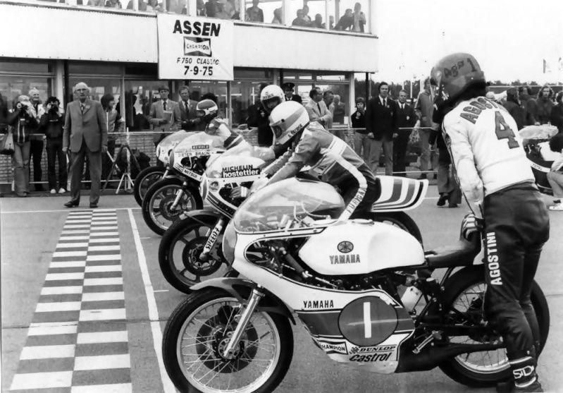 Tt Assen 1975 Start 350cc Giacomo Agostini Alex George
