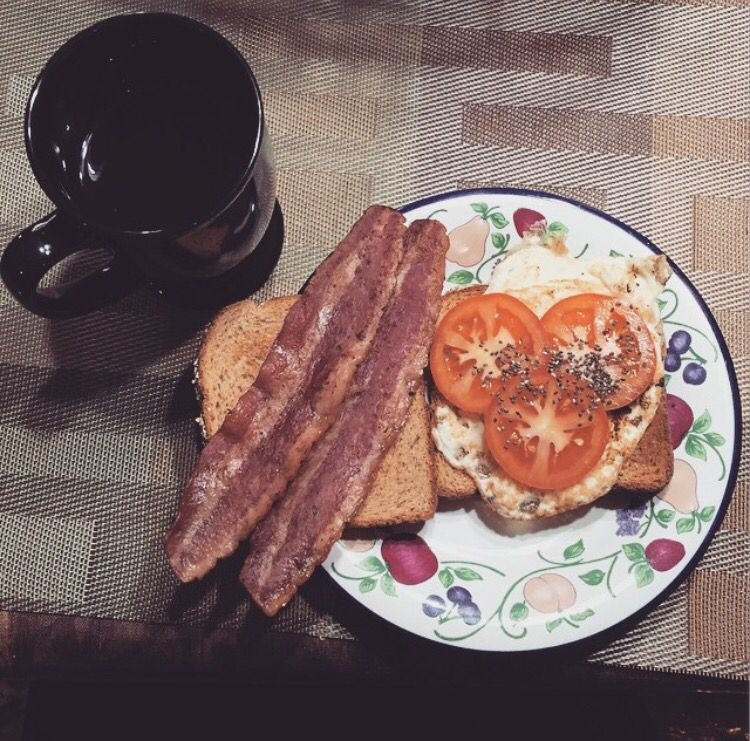 Toast, egg, tomatoes and couple slices of turkey bacon. And a side of tea