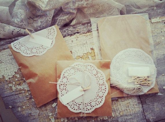 Brown Paper And Lace Favor Bags Jpg 570