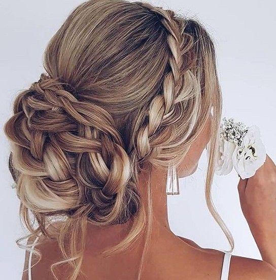 36 Elegant And Fresh Wedding Hairstyle Trendy In 2