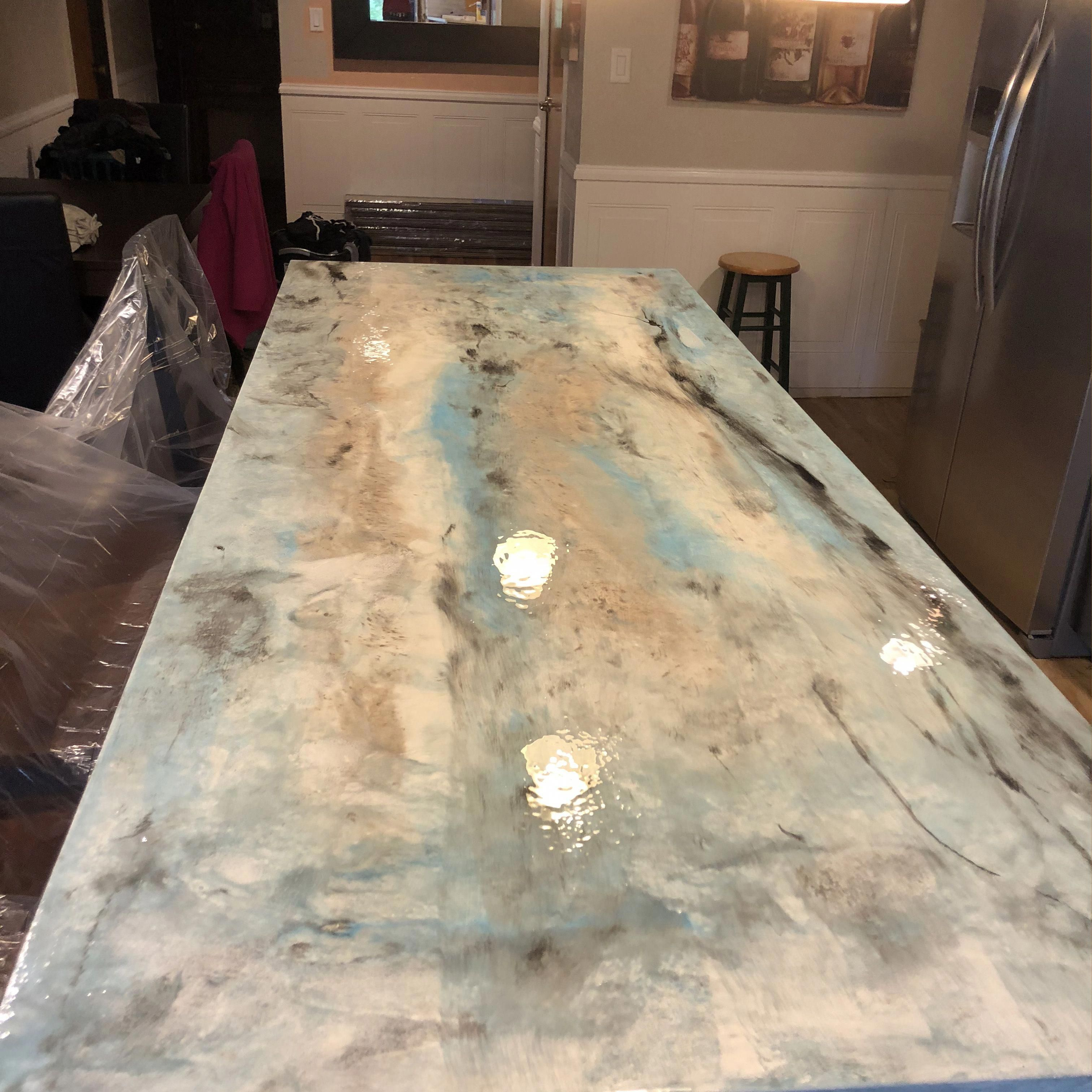 Don T Replace Your Old Outdated Countertops Refinish Them Using Our Metalic Pigments Silvery Do With Images Replacing Kitchen Countertops Diy Countertops