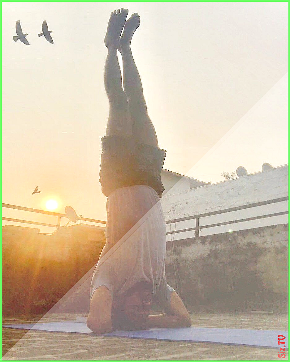 capturingmoments yoga headstand capturingmoments yoga headstand yoga meditation fitness yogalife lov...