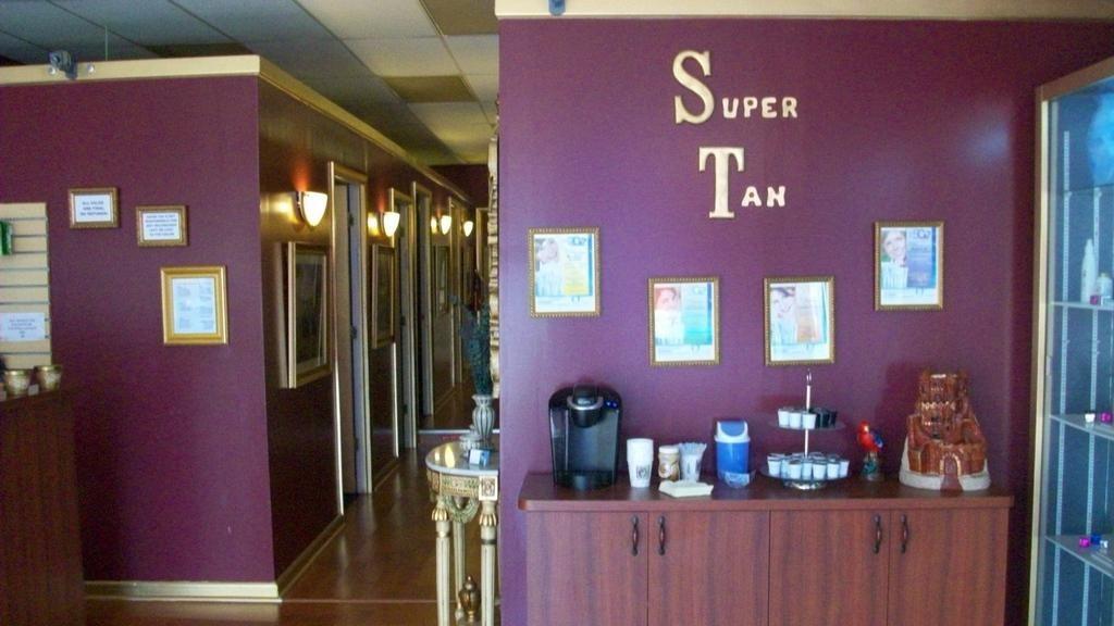 Kids and salon 060_fulljpeg 1024576 tanning salon