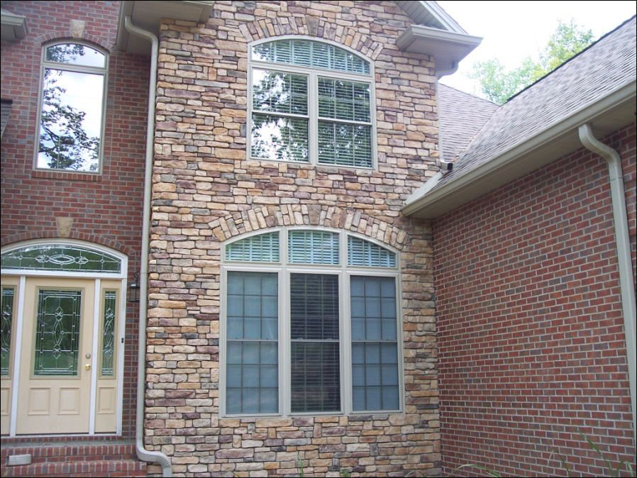 Brick and stone veneer exterior home photos drakes creek for Exterior ledgestone