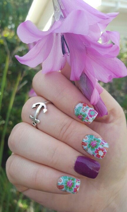 Jamberry siesta; floral nails; summer nails; anchor ring; bright manicure; jamberry on acrylic; short nails