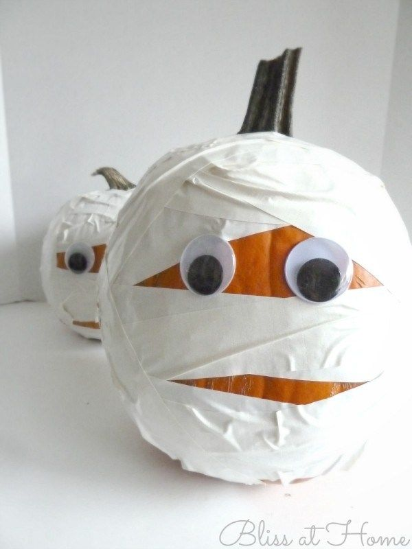 Mummy Pumpkins and the Duck Tape #StickOrTreat Contest