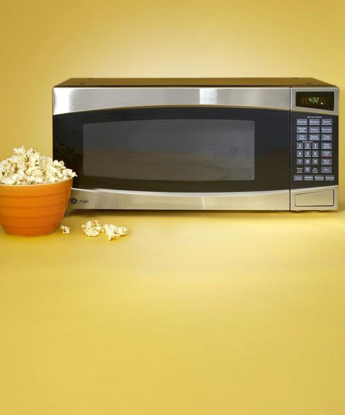Go Ahead And Talk To Your Microwave One Of These Will Respond Countertop Microwave Microwave Microwave Oven