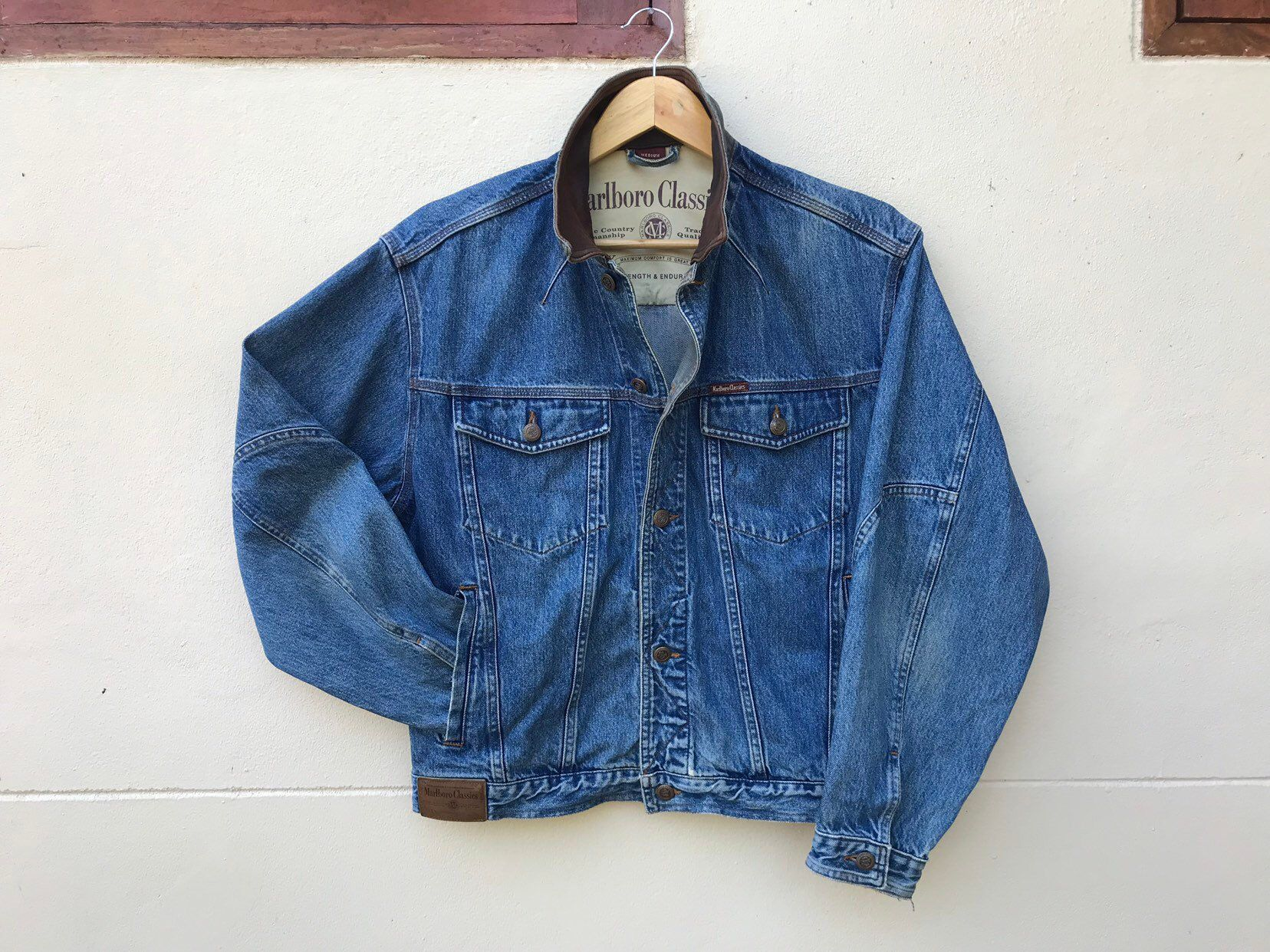 Marlboro Classics Denim Jacket 90s Vintage Workwear Size M Etsy 90s Vintage Jackets Trucker Coat Vintage Jacket