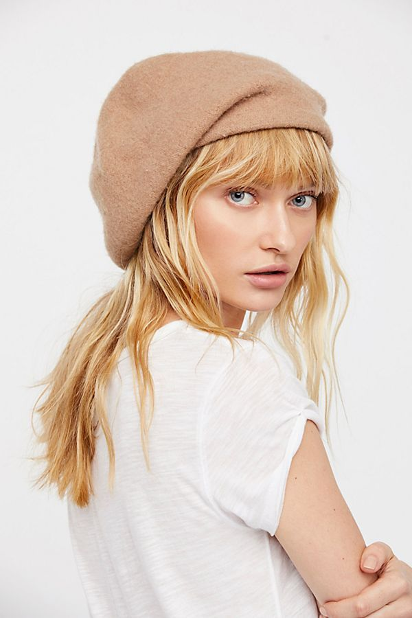 322cbad5709ed Slide View 1  Bisous Slouchy Beret