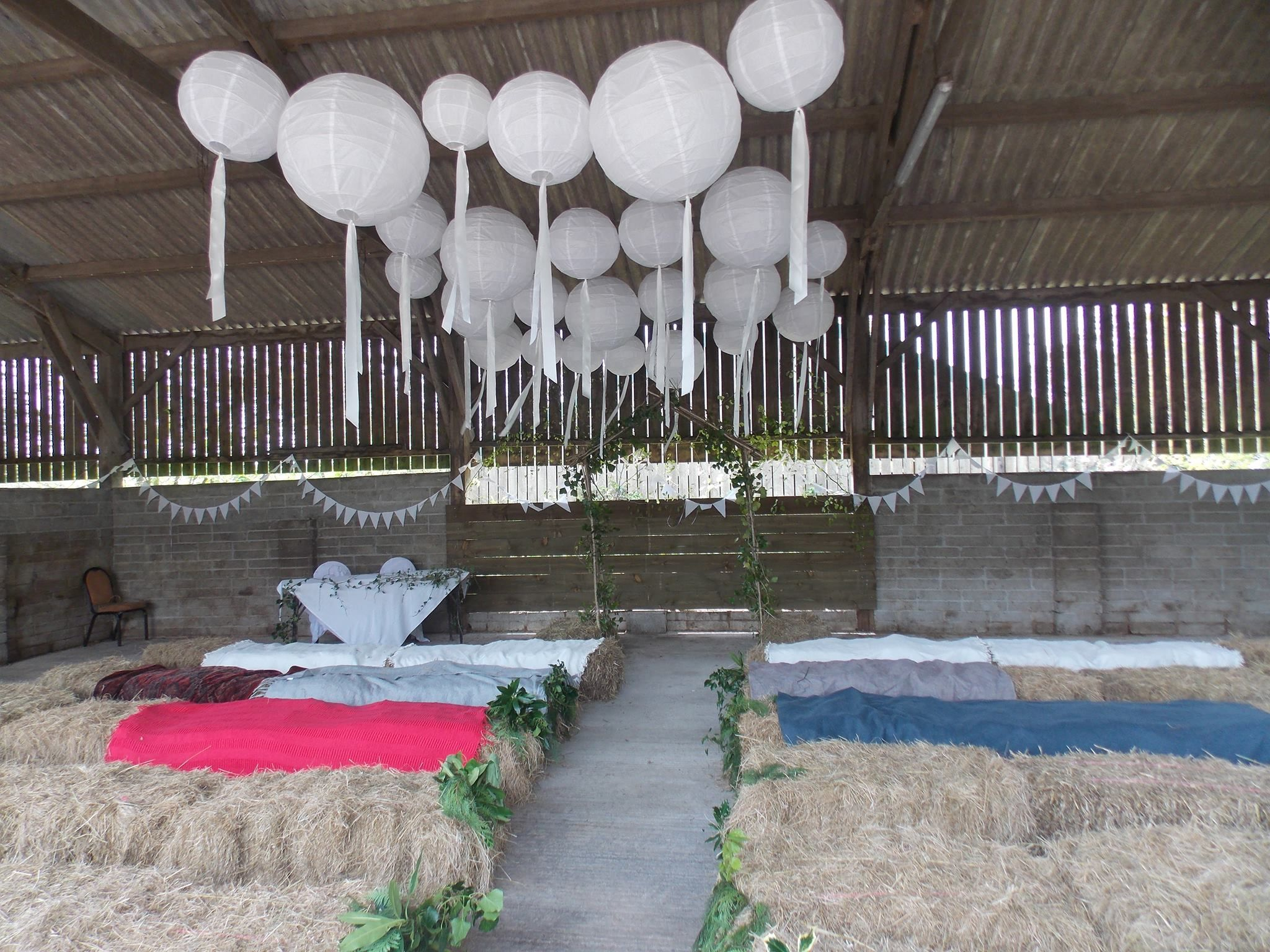 Woodland Valley Green Weddings Cornwall The Open Small Barn All Dressed For An Informal
