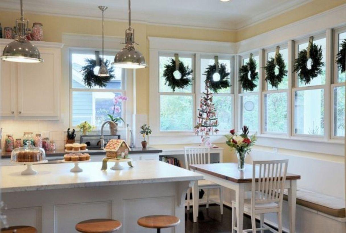 54 Stunning Christmas Kitchen Décoration Ideas   Christmas kitchen
